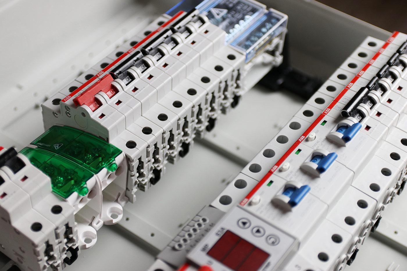 Elektroinstallationen – Anforderungen/Prüfung